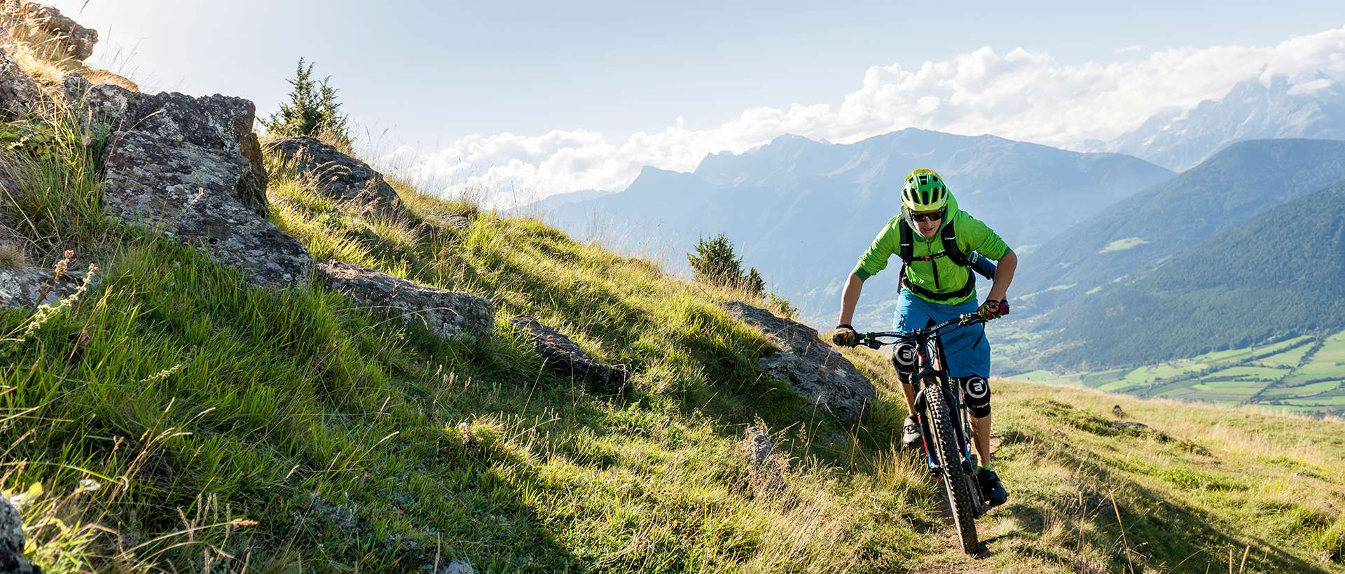 Guided mountainbike tours
